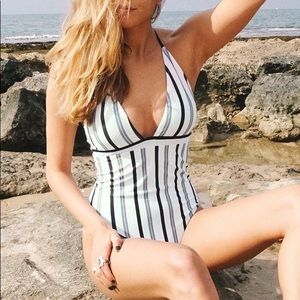 Cupshe Ice and Snow Love Stripe One-piece Swimsuit